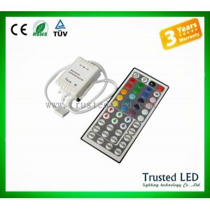 http://www.trusted-led.com/65-574-thickbox/44keys-ir-led-rgb-controller-.jpg